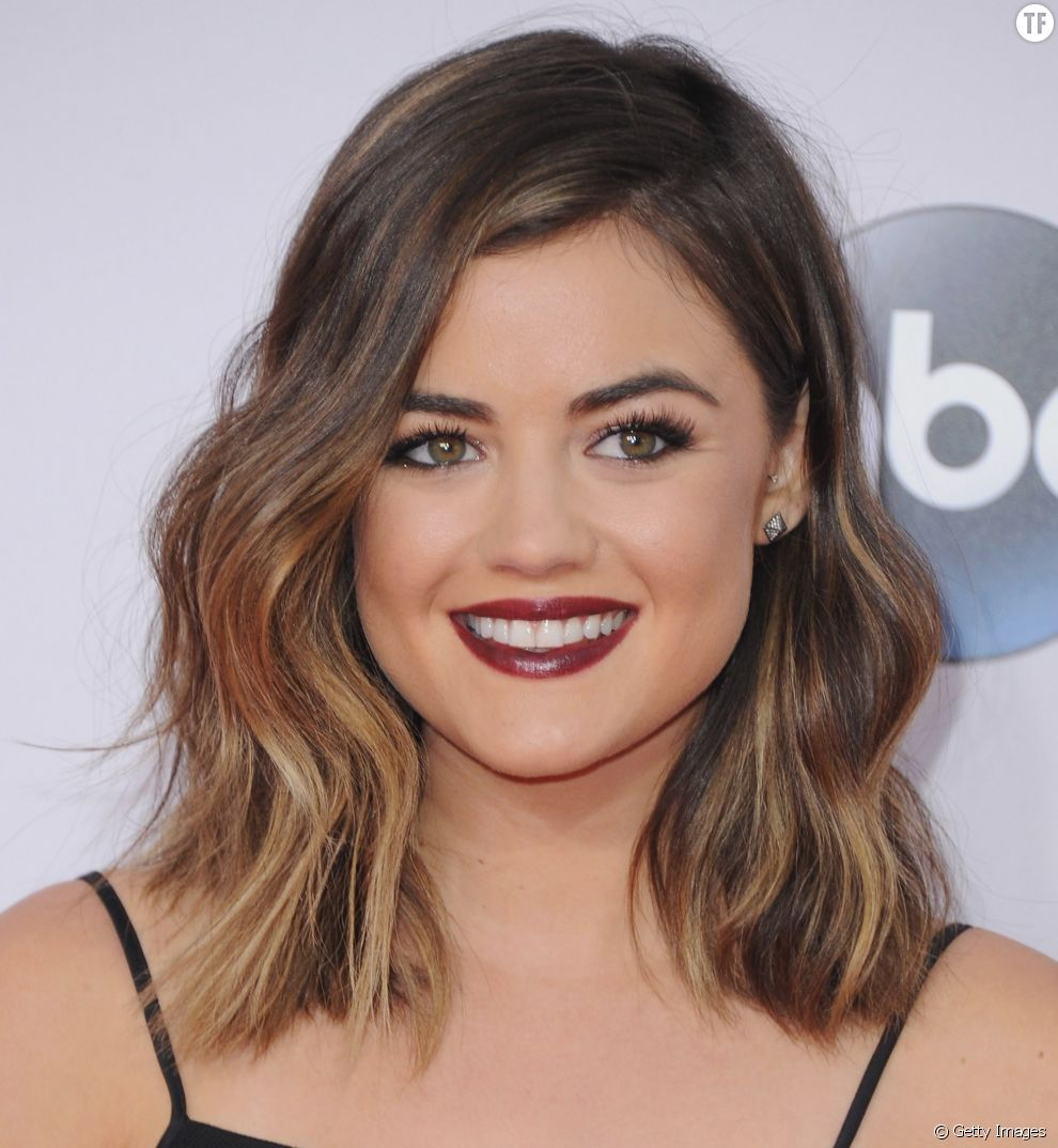 Cheveux mi long Lucy Hale